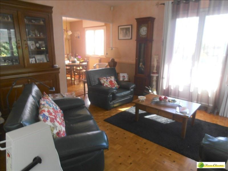 Sale house / villa Ruelle sur touvre 203000€ - Picture 2