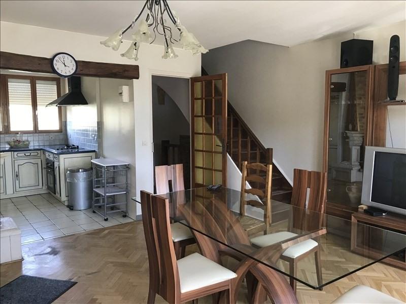 Rental apartment Villepreux 1000€ CC - Picture 1