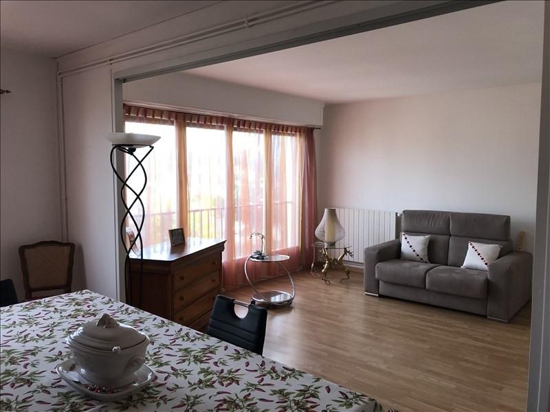 Location appartement Villepreux 920€ CC - Photo 2