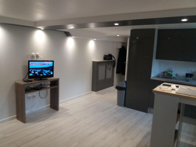 Rental apartment Saint germain en laye 750€ CC - Picture 3