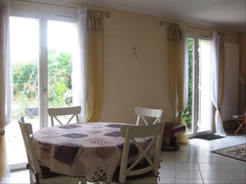 Sale house / villa Guernes 245 000€ - Picture 3