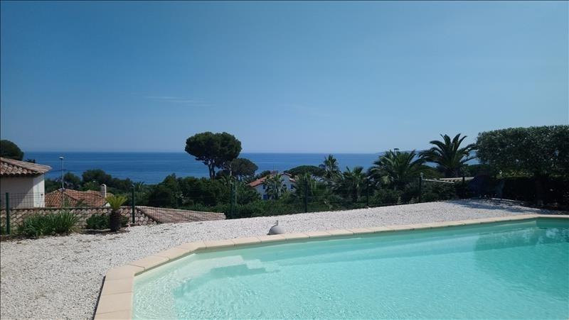 Rental house / villa Les issambres 2200€ CC - Picture 1