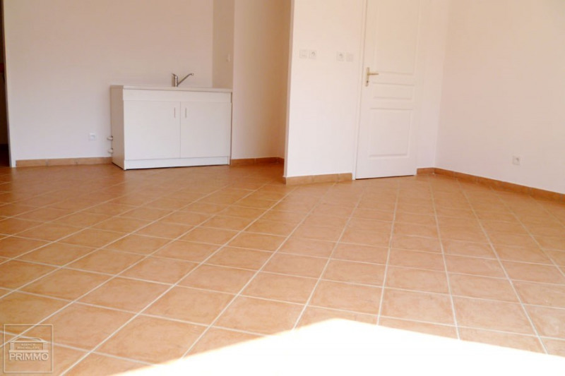 Rental apartment Dommartin 875€ CC - Picture 2