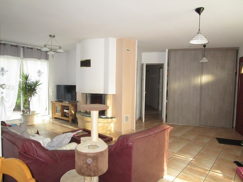 Sale house / villa Prigonrieux 218 000€ - Picture 2