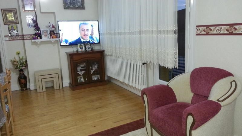 Sale apartment Oyonnax 90000€ - Picture 2