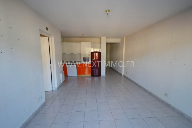 Sale apartment Menton 275 000€ - Picture 1