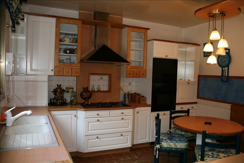 Sale house / villa Josselin 470250€ - Picture 7