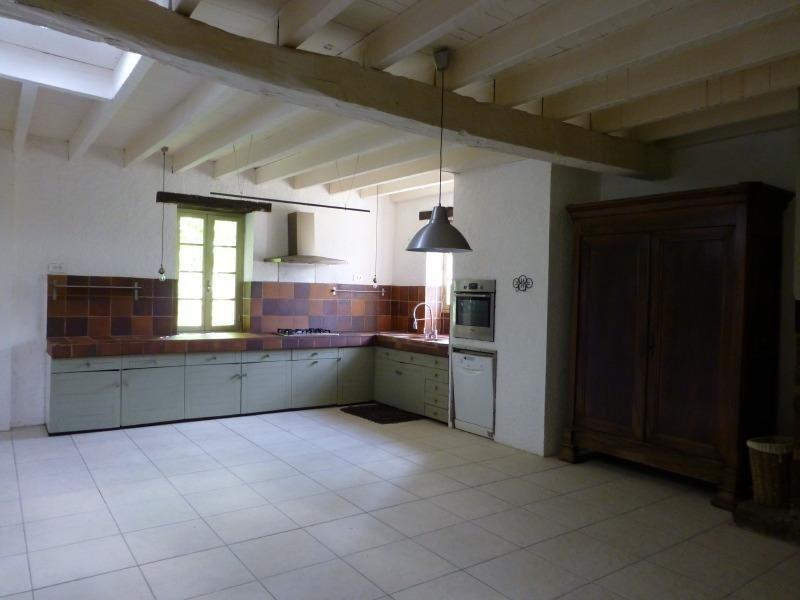 Vente maison / villa St germain de belves 397500€ - Photo 6