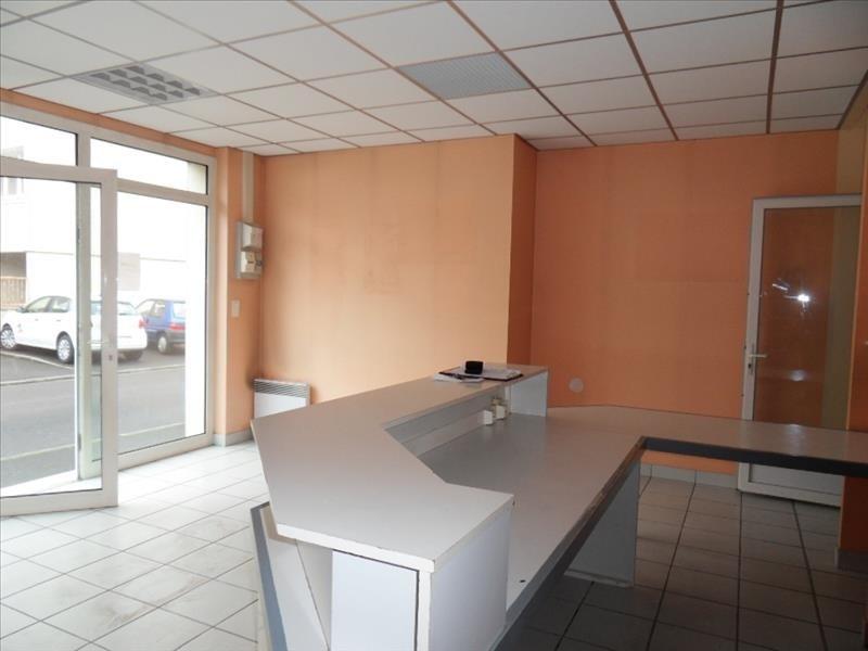 Rental empty room/storage Cognac 452€ HT/HC - Picture 2