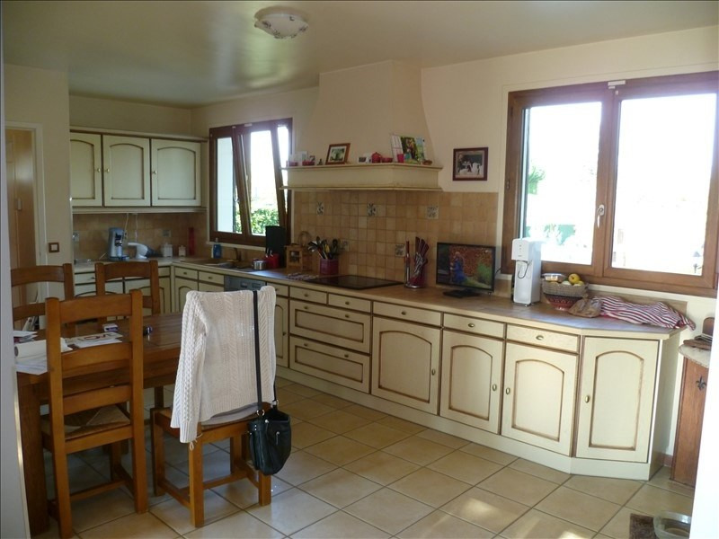 Sale house / villa Mouroux 365000€ - Picture 6