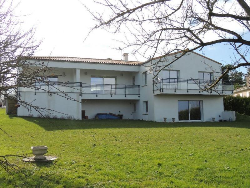 Deluxe sale house / villa Breuillet 650000€ - Picture 2