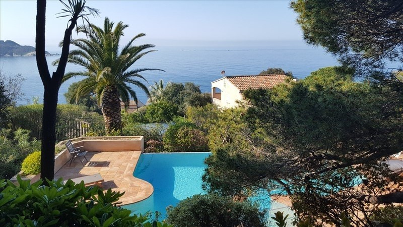 Deluxe sale house / villa Giens 2 395 000€ - Picture 1