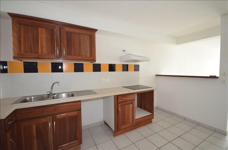 Location appartement St pierre 650€ CC - Photo 2