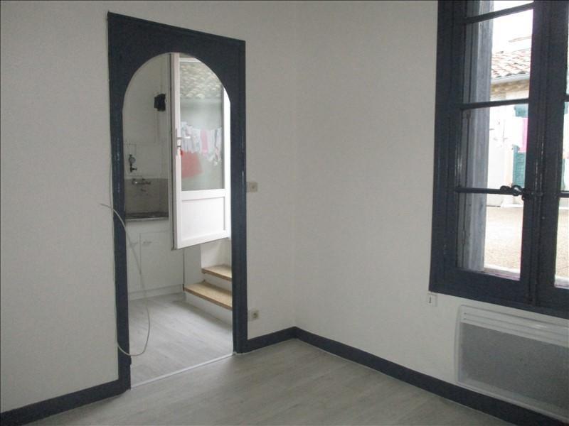 Location appartement Nimes 385€ CC - Photo 1
