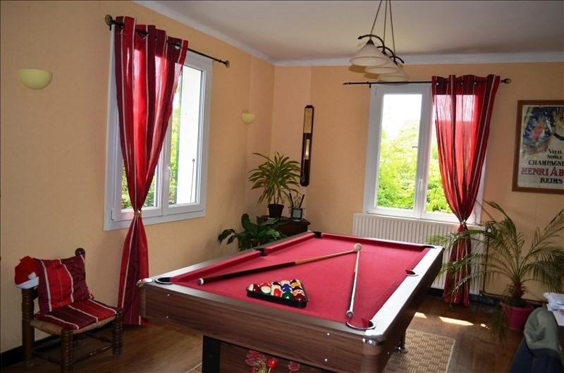 Sale house / villa Beaurepaire 225000€ - Picture 3
