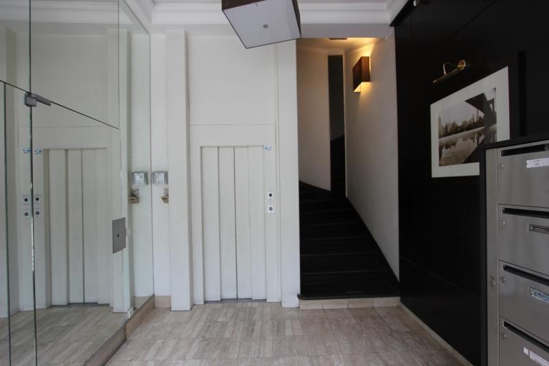 Deluxe sale apartment Paris 4ème 1650000€ - Picture 4