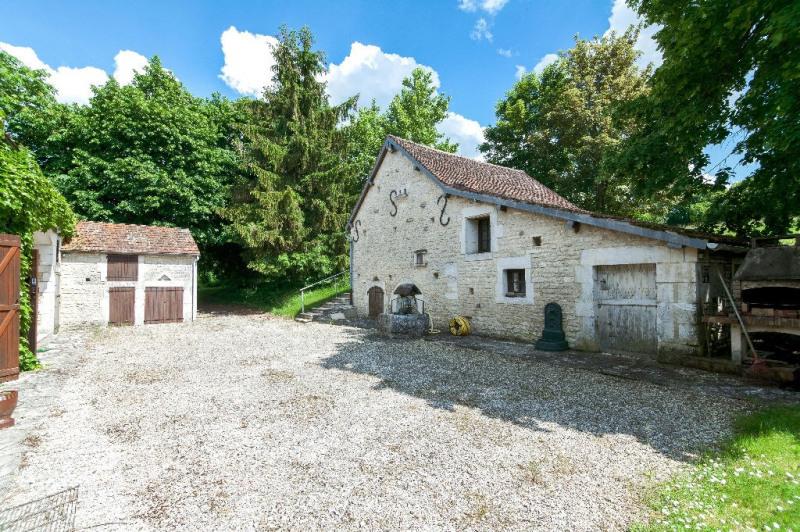 Vente maison / villa Toucy 205000€ - Photo 2