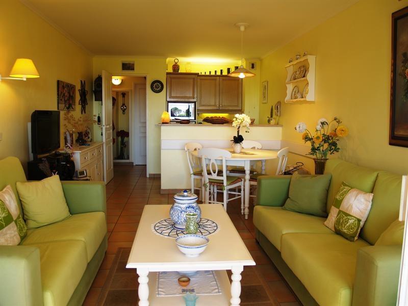 Sale apartment Les issambres 300000€ - Picture 1