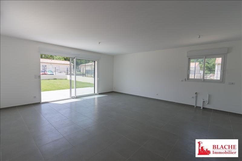 Sale house / villa La coucourde 267000€ - Picture 1