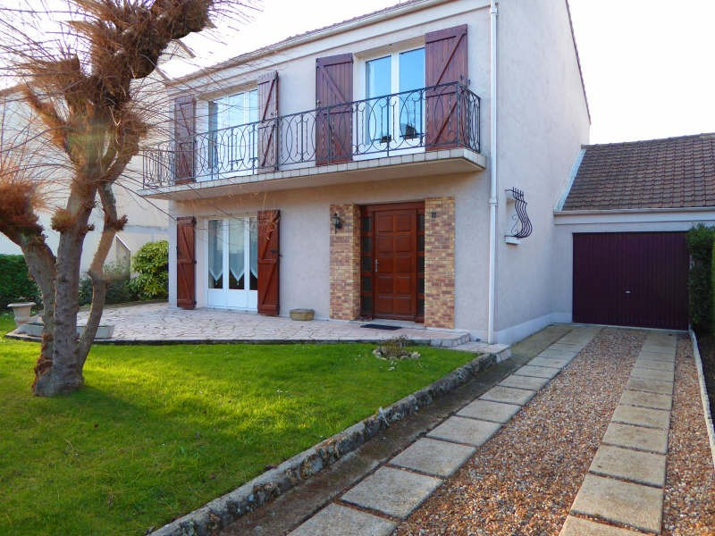 Sale house / villa Maurepas 389 000€ - Picture 8