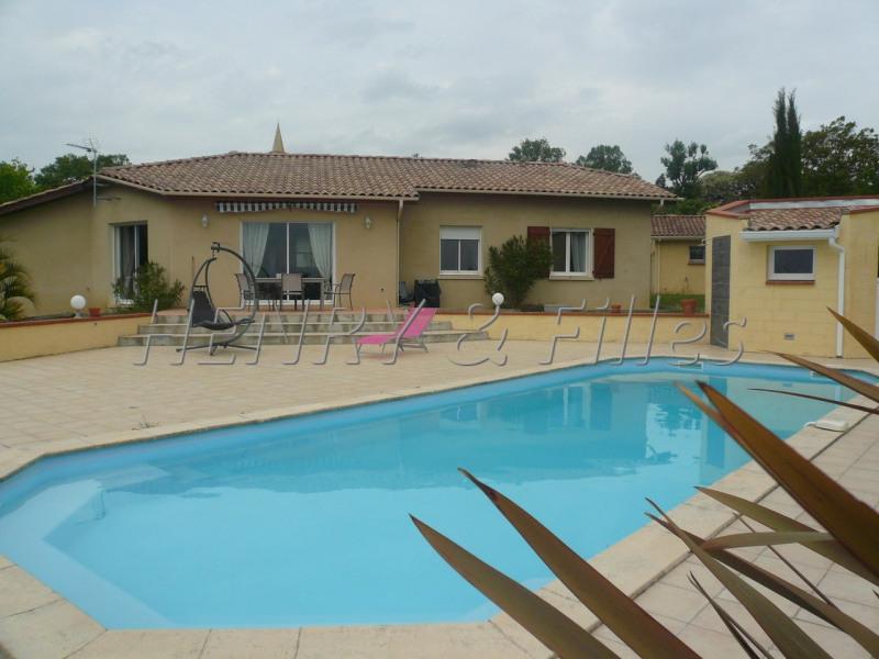 Sale house / villa L'isle jourdain 5 km 388000€ - Picture 2