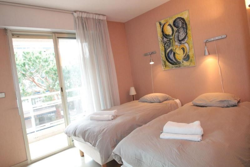 Deluxe sale apartment Cannes 649900€ - Picture 4