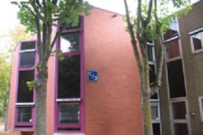 vente bureau montigny le bretonneux yvelines 78 2602 m r f rence n 42414. Black Bedroom Furniture Sets. Home Design Ideas