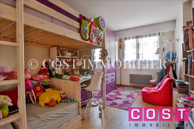 Deluxe sale apartment Courbevoie 1 050 000€ - Picture 10