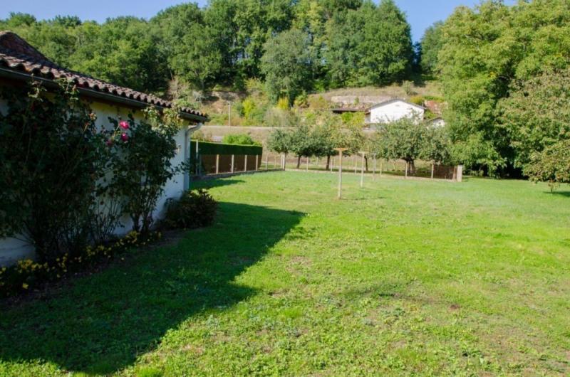 Vente maison / villa Mouleydier 65500€ - Photo 4