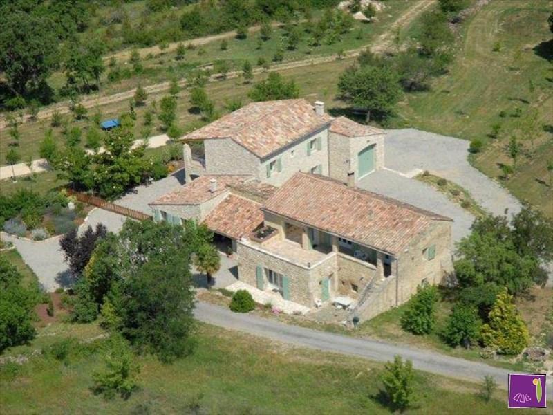 Vente de prestige maison / villa Barjac 895000€ - Photo 2