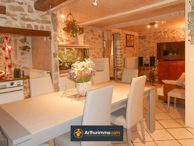 Vente maison / villa Morestel 299 000€ - Photo 3