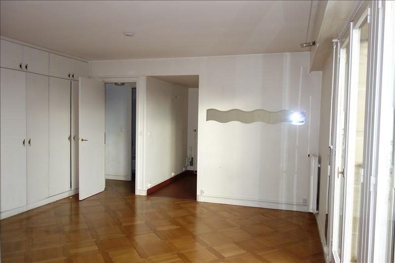 Sale apartment Versailles 252000€ - Picture 2