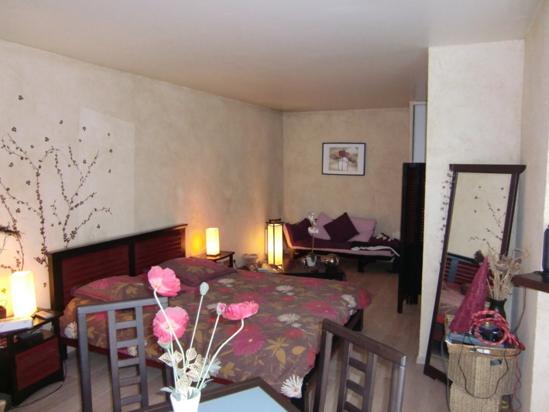 Sale apartment Montlhery 105 000€ - Picture 1