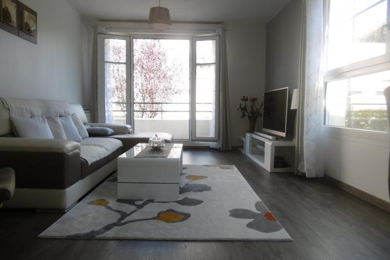 Sale apartment Noisy le grand 197000€ - Picture 1