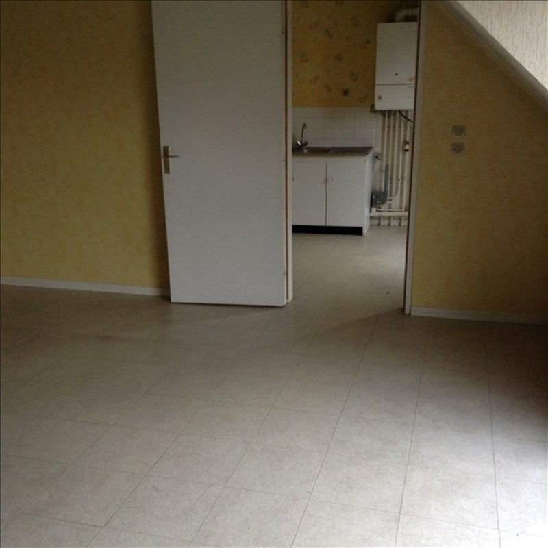 Location appartement St quentin 627€ CC - Photo 2