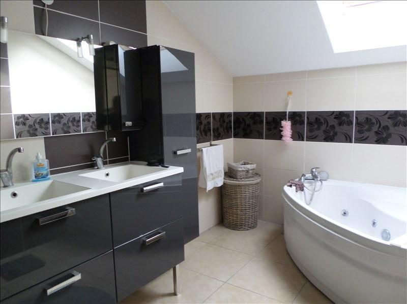 Sale house / villa Oyonnax 260000€ - Picture 6
