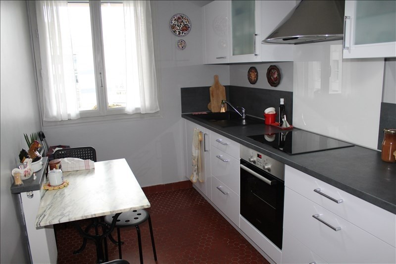 Sale apartment Colombes 276000€ - Picture 2