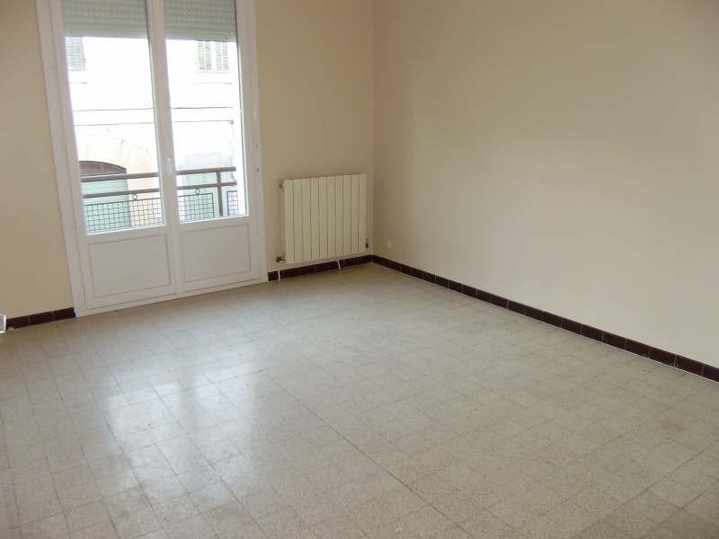 Rental apartment Salon de provence 665€ CC - Picture 1