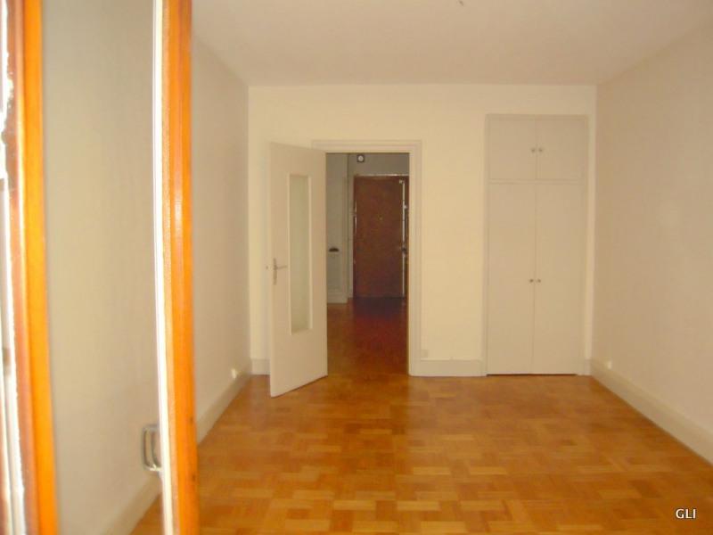 Location appartement Lyon 6ème 1079€ CC - Photo 7