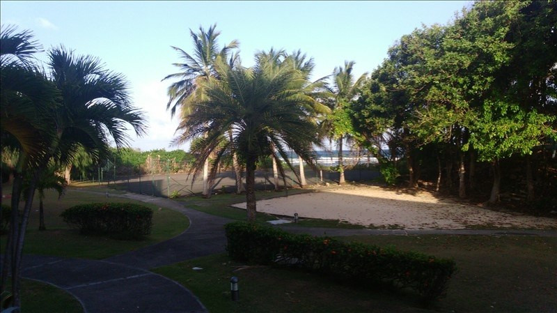 Deluxe sale apartment St francois 295 000€ - Picture 3