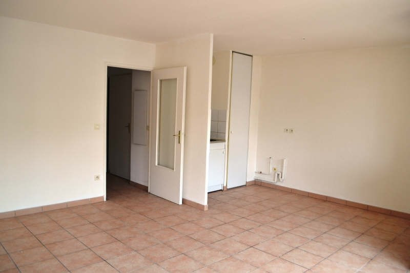 Location appartement Chambery 543€ CC - Photo 2