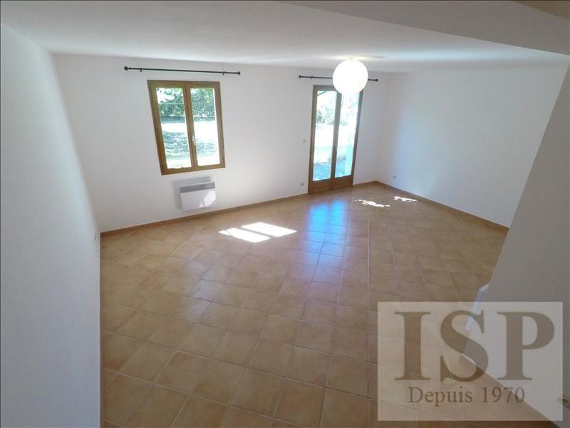 Location maison / villa Les milles 1399€ CC - Photo 4