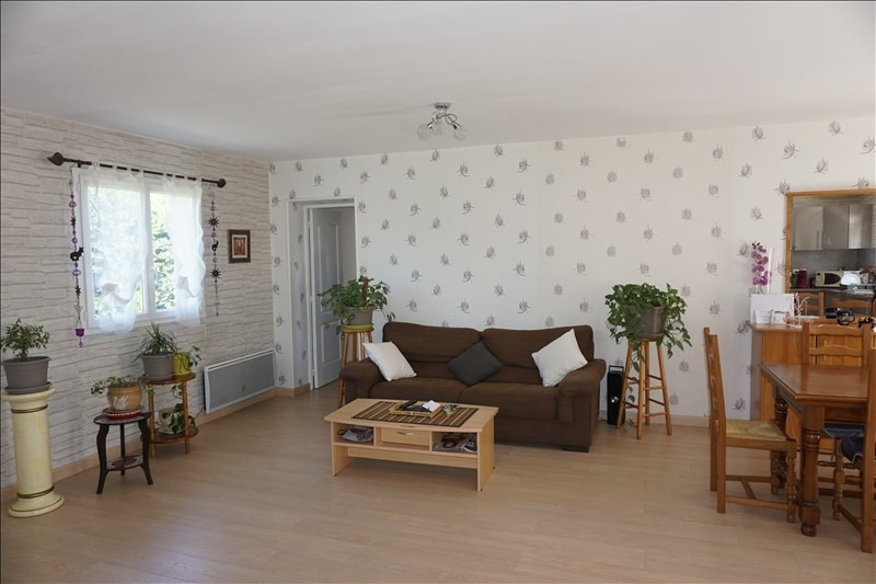 Sale house / villa St yzan de soudiac 184000€ - Picture 3