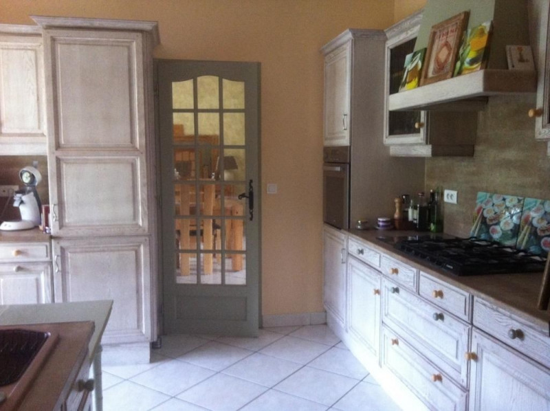 Sale house / villa Saint pierre d'eyraud 265 000€ - Picture 4