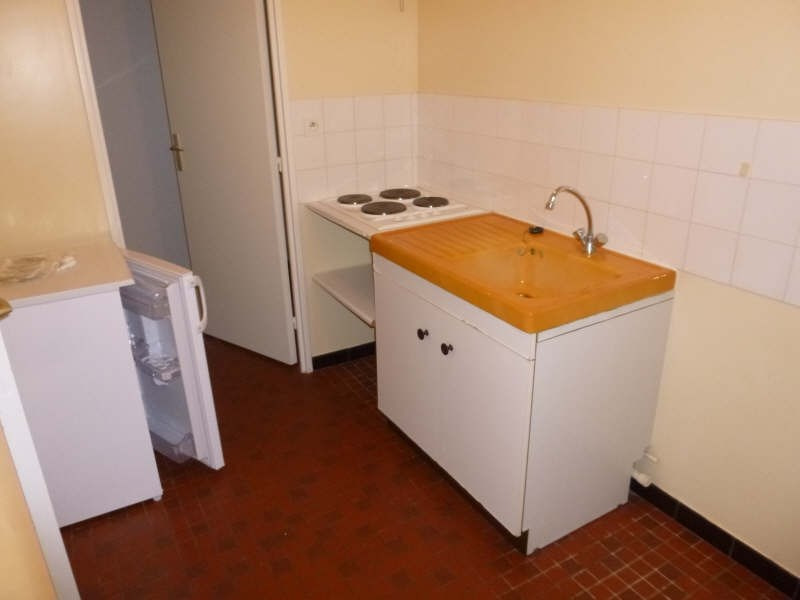 Rental apartment Poitiers 353€ CC - Picture 4