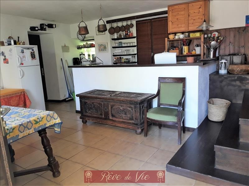 Sale apartment Bormes les mimosas 250 000€ - Picture 2