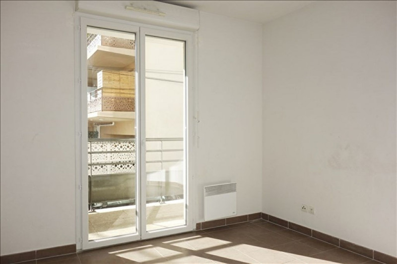 Verhuren  appartement Seyne sur mer 690€ CC - Foto 3