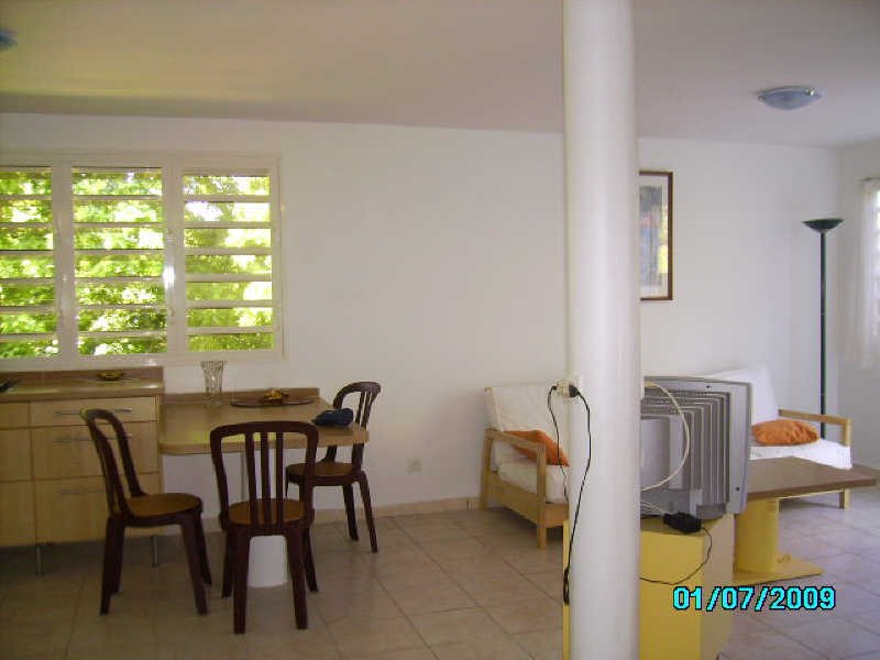Rental apartment St claude 670€ +CH - Picture 1