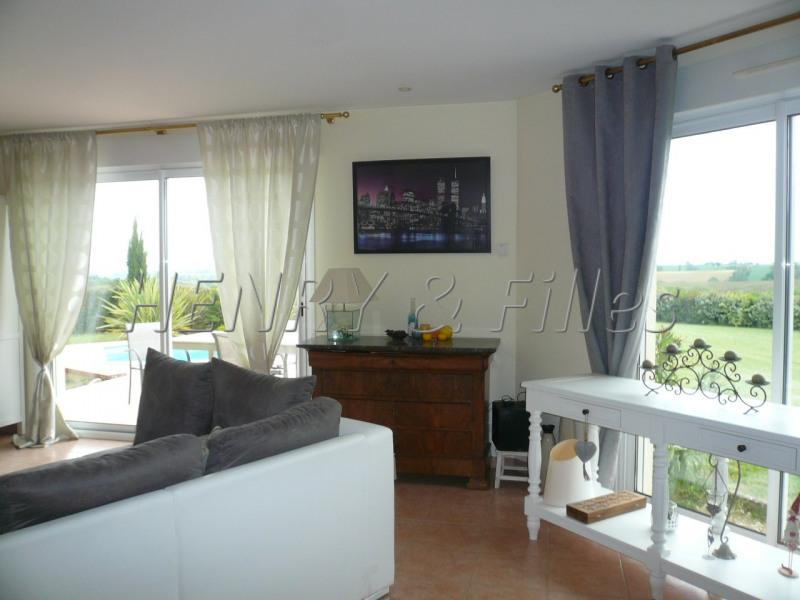 Sale house / villa L'isle jourdain 5 km 388000€ - Picture 18