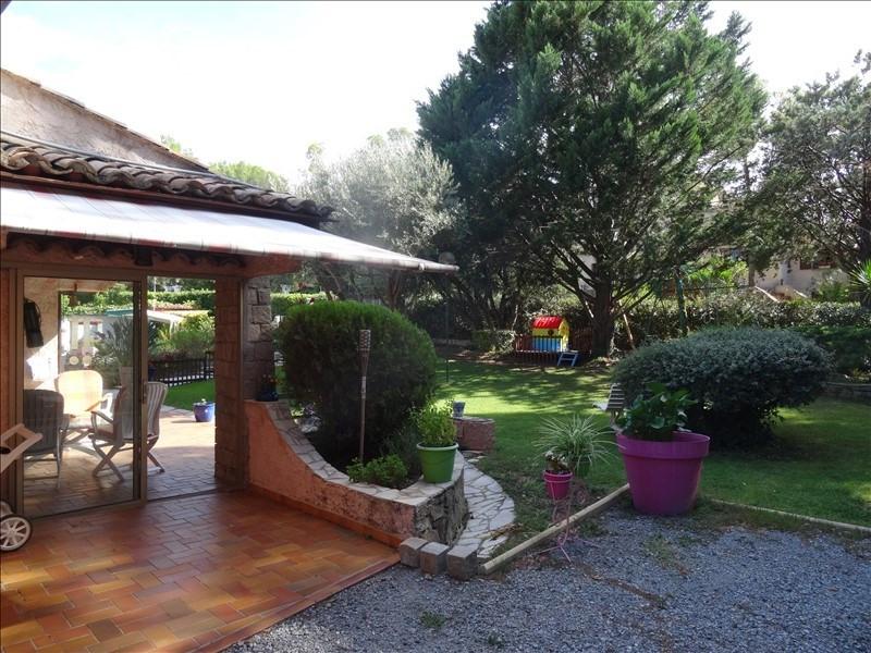 Deluxe sale house / villa St raphael 695000€ - Picture 2